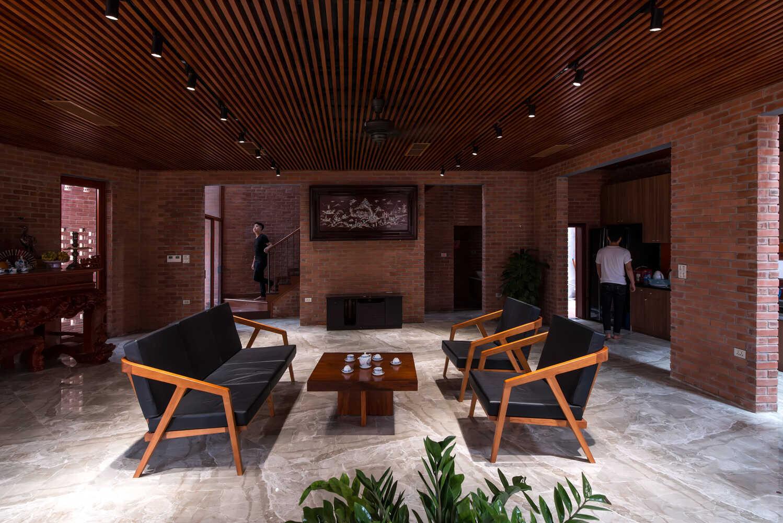 Công trình 'hang động' bằng gạch nung lạ mắt ở Hà Nội